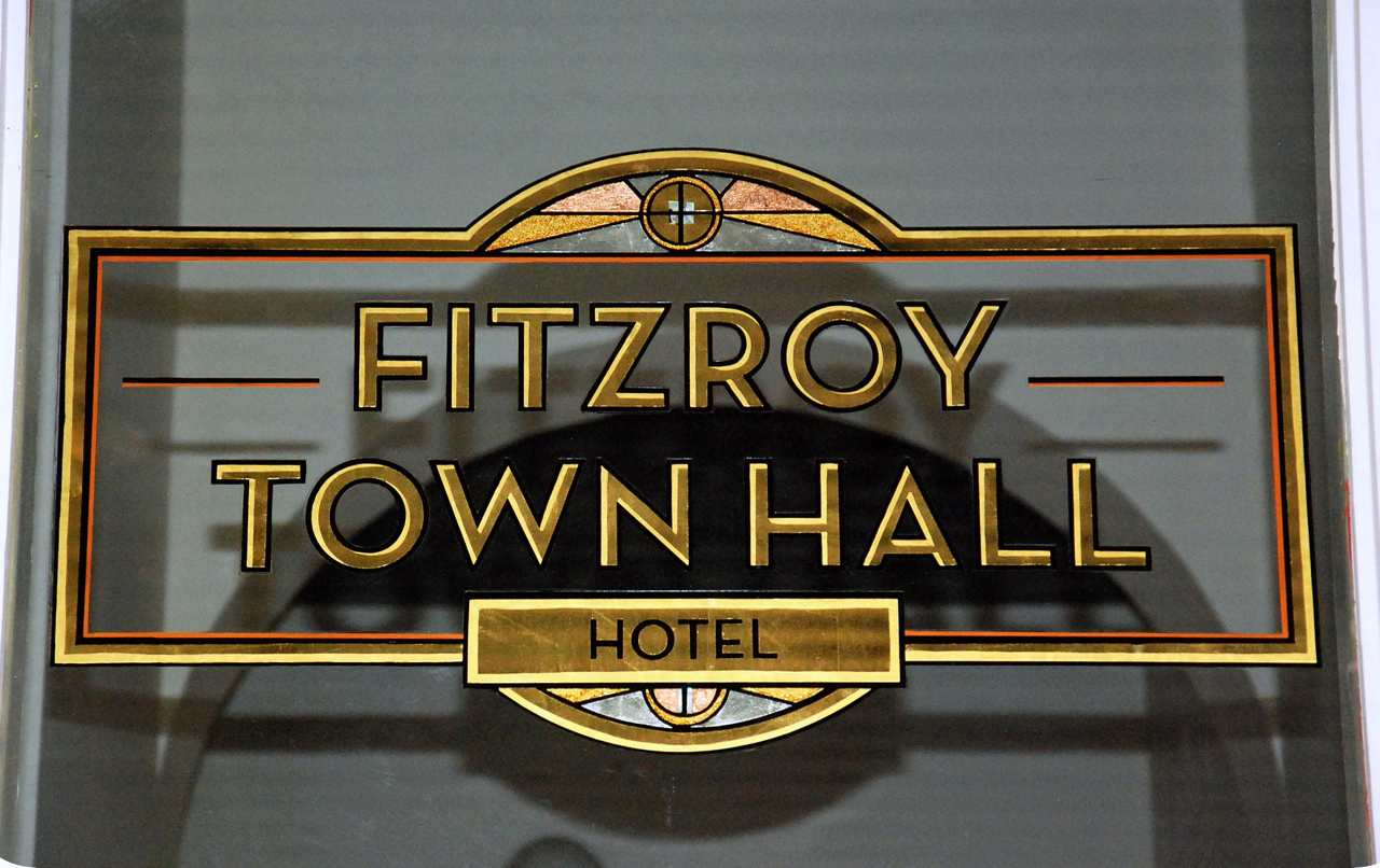 fitzroy town hall hotel reverse gold silver leaf gilded window