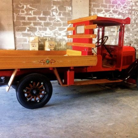 Model-T Restored Antique Truck Lined & Scrolled, Traditional Signwriting (Sorrento, Victoria)